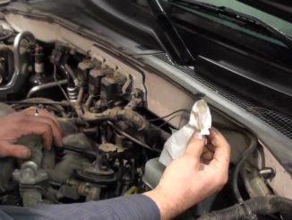 Steps to Repair Damaged Jaguar Paint Using Jaguar Touch Up Paint